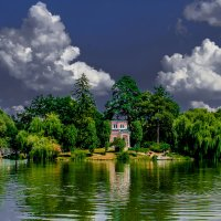 Парк и озеро... :: Nataliya Oleinik