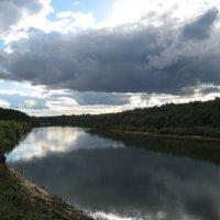 У реки... :: Владимир Суязов