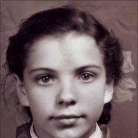 Пионерка.  1959 г. :: Нина Корешкова