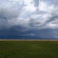 Смена погоды :: Виктор Заморков