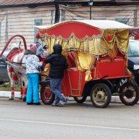 Суздальские  кареты.... :: Galina Leskova
