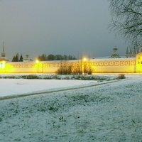 Успенский монастырь г. Тихвин :: Сергей Кочнев