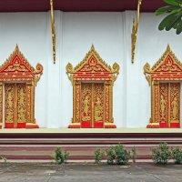 Лаос. Вьентьян. Стена храма :: Владимир Шибинский