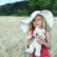 Я чудесную шляпу ношу для красы! :: Ирина Данилова