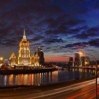 Гулять по ночному городу - 2 :: —- —-
