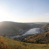 Павел Шубин - Панорама Балаклавской бухты от крепости Чембало