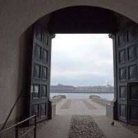 Невские ворота :: Наталья Левина