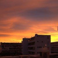 Городской зимний рассвет :: Светлана marokkanka