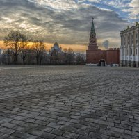 Кремлёвская брусчатка :: Юрий Митенёв