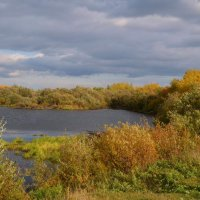 Озеро осенним вечером :: Вера Андреева