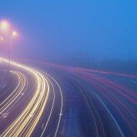Вечір, туман, траса... :: Дмитрий Гончаренко