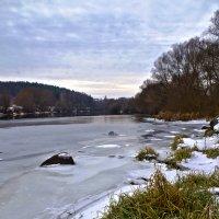 зимний день на реке :: юрий иванов