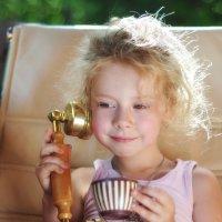 А ещё пять порций мороженого! :: Ирина Данилова
