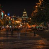 Вечером на Вацлавской площади :: Андрей Пашков