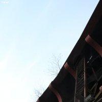 Древний мост. Ничего, кроме металла :: Константин Филяев
