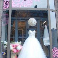 Витрина свадебного салона :: Teresa Valaine