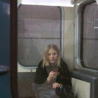 Одиночество в подземном городе :: Елена Жукова