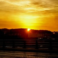 Восход в городе желтого дьявола :: Игорь Липинский