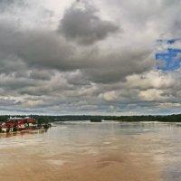 События уходящего года.Большая вода в Бийске ,июнь 2014 года. :: Владимир Михайлович Дадочкин