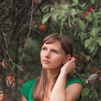 В саду. :: Irin M.