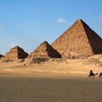 Пирамиды Древнего Египта :: Евгений Печенин
