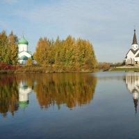 Две церкви. :: Владимир Гилясев