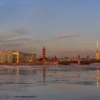 Большая Нева - начало зимы :: Valeriy Piterskiy