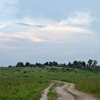 Деревня на пригорке :: Михаил Михальчук