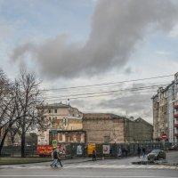 Вид от метро Арбатская на Никитский бульвар :: Михаил Михальчук