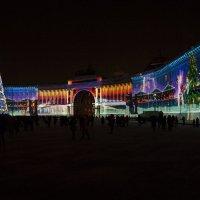 Лазерное шоу на Дворцовой площади. :: Владимир Питерский
