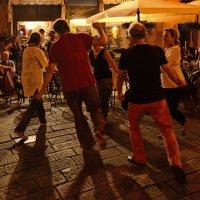 Танец :: Дмитрий Близнюченко