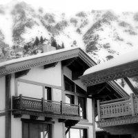 Дом в горах... :: Михаил Михайлов