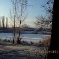 Замёрзшее озеро :: Сергей Гвоздев