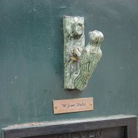 Молоточек-звонилка в виде дятла :: Елена Павлова (Смолова)
