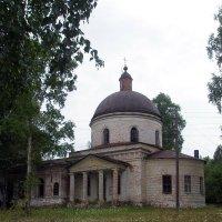 Церковь Спаса Нерукотворного Образа села Спасо-Заозерье :: Дмитрий Стрельников