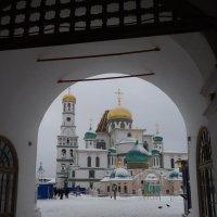 И  вновь в  Ново-Иерусалим....   01  января  2015  года :: Galina Leskova