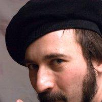 Портрет мужчины в берете с курительной трубкой :: Клиентова Алиса