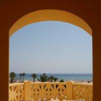 Балкон с видом на море :: Александр Орлов