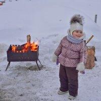 ма-а-м, неси шашлык, папке подарок делать будем :) :: Petr Popov