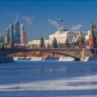 Россия. Москва. Кремль и Москва-Сити. :: Юрий Дегтярёв