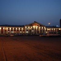 Ночной вокзал :: Дмитрий Глухов