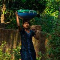 женщина в рыбацкой деревне :: Светлана Фомина