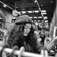 И даже с перламутровыми пуговицами! :: Ирина Данилова