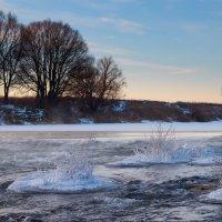 Зимняя река :: Илья Костин
