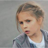 Не смотри туда где грустно :: Виктория Юровских