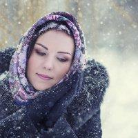 *** Аннушка, зимний портрет *** :: Alex Lipchansky