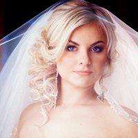 невеста под фатой :: Светлана Гребцова