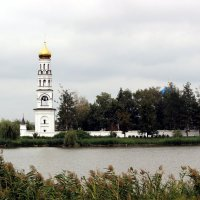 Монастырь на реке Ставок :: Леонид