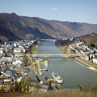 Река и город на лодони :: Alexander