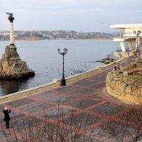 Памятник затопленным кораблям :: Zinaida Belaniuk